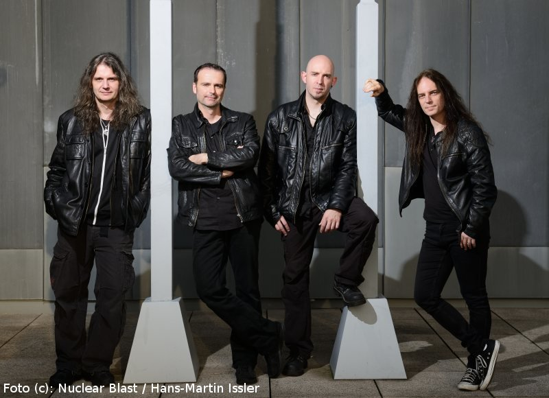 Review Blind Guardian Beyond The Red Mirror B G M
