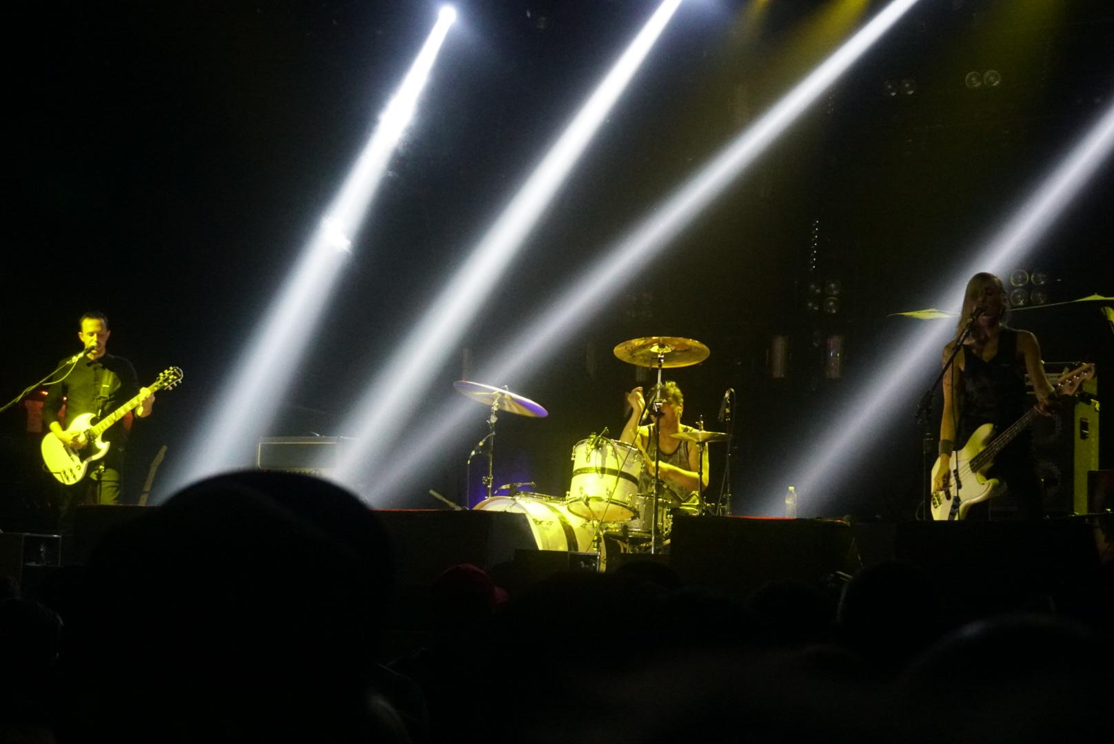 Spotlights Band Live