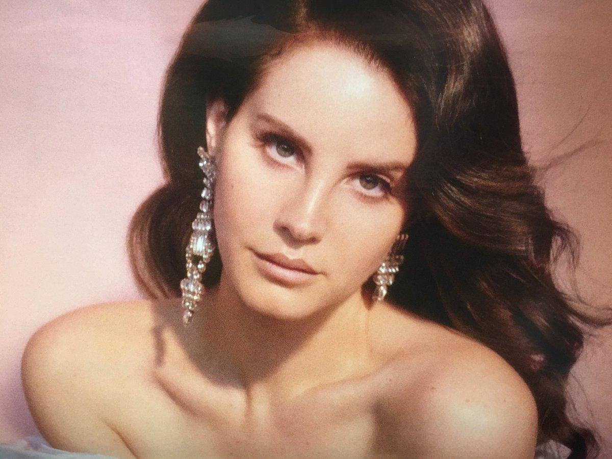 Lana Del Rey 2017 Topless